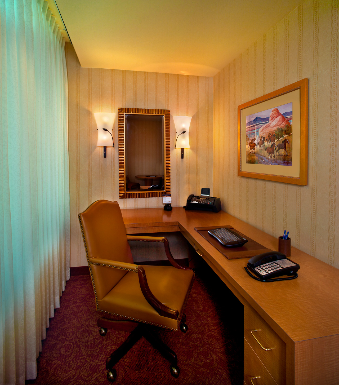 Las Vegas Hotel Suites- South Point Hotel Casino Spa